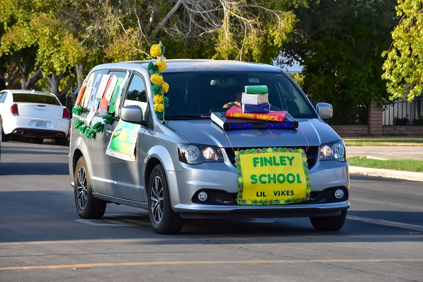 Holtville Holds Back-to-School/Census Parade